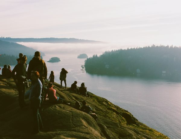 easy hikes in vancouver